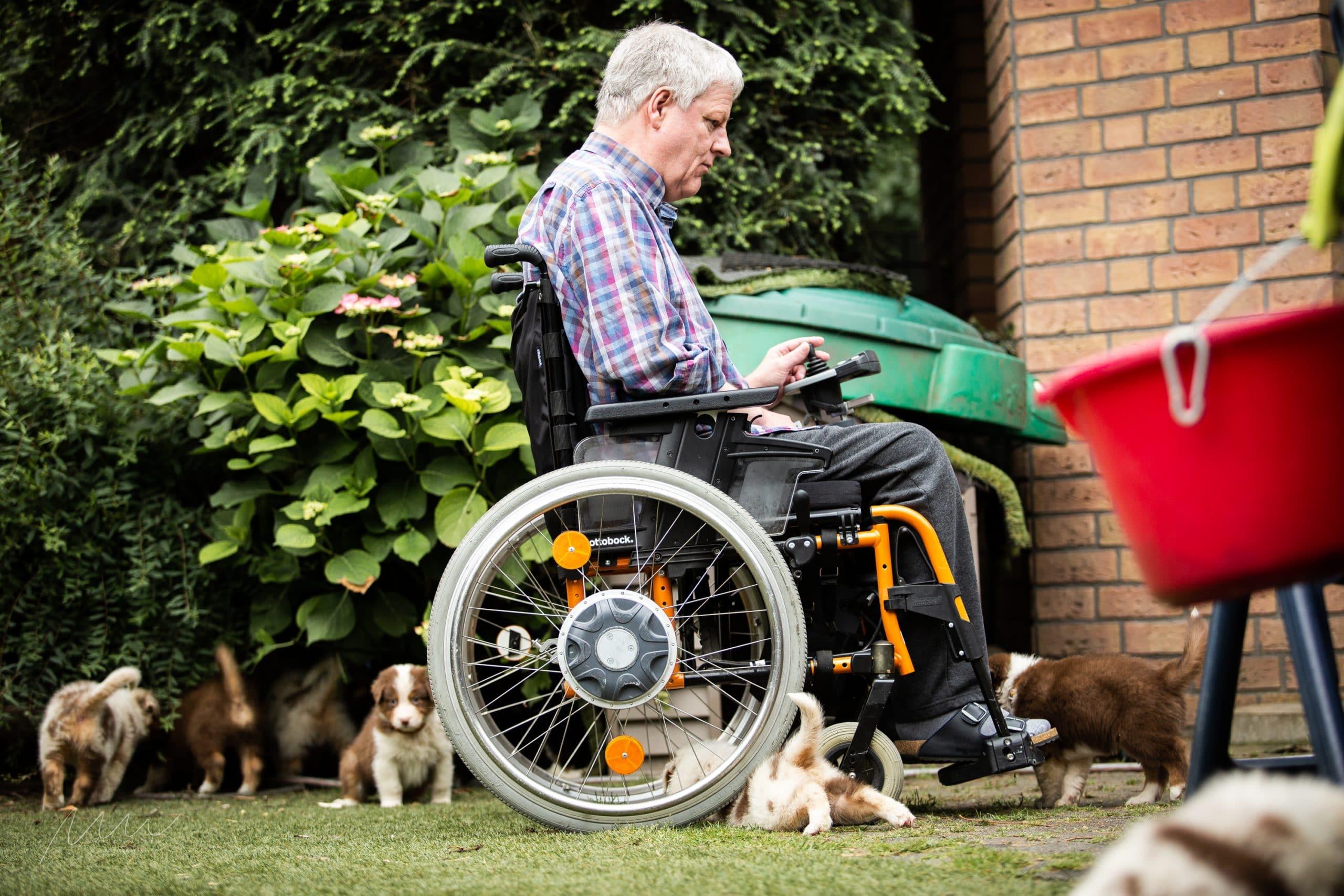 Handycap People zu Besuch Bild 2 - Einsatz als Therapiehund